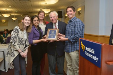 Boston Globe sports reporter inspires during banquet at Suffolk