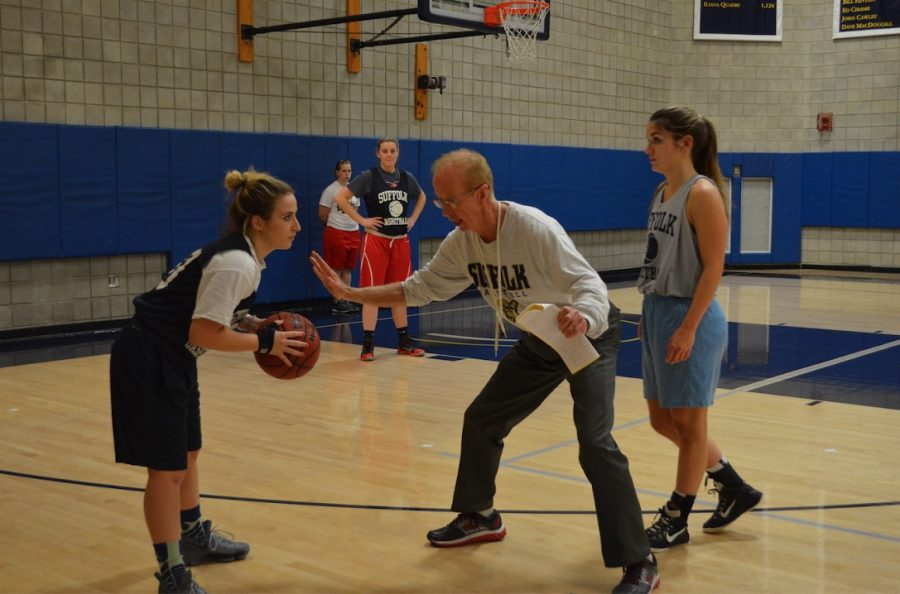 Women's basketball dribbles into new season