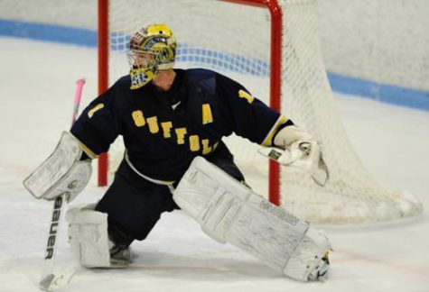 Former Suffolk goalie signs pro hockey contract