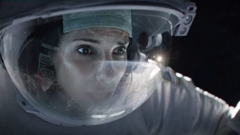 Sci-fi film Gravity draws in audiences
