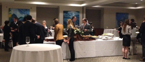 SBS honor students chat with alumni at networking event