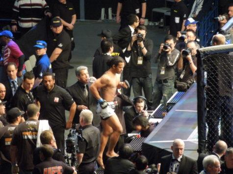 Benson Henderson proves again technique beats size