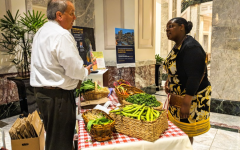 Suffolk hosts first ever Farmers' Market during the SUSC Green Week