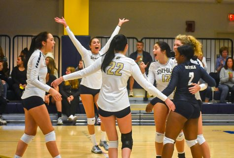 Suffolk volleyball struggling out of gate