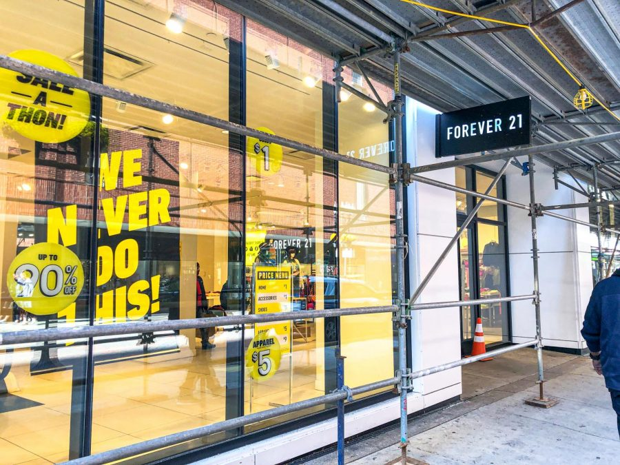 The+Downtown+Crossing+storefront+of+Forever+21+sporting+sale+signs+since+the+company+recently+announced+the+closure+of+this+location.