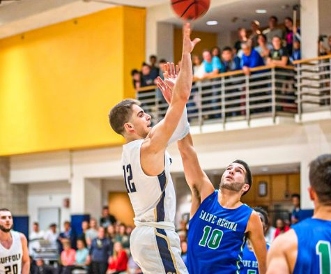 Men's basketball falls short at home to Anna Maria