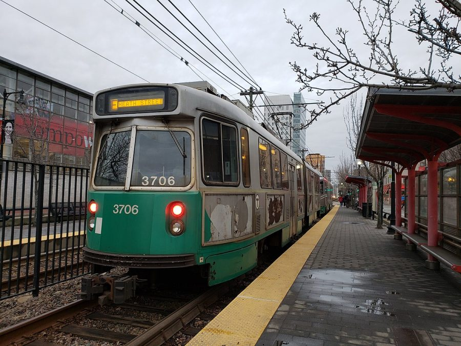 A Green Line Train stopped at Northeastern University outbound MBTA stop