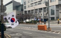 Seoul, South Korea sets up coronavirus testing outside hospital