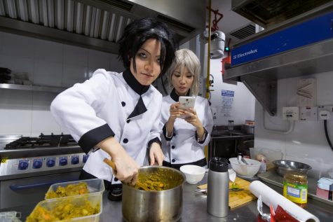 "Two girls reenact ""Food Wars!: Shokugeki no Soma."""