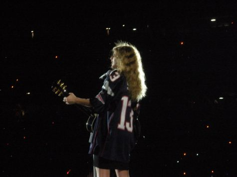 Taylor Swift performing the Fearless World Tour in 2010 at Gillette Stadium.