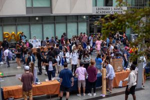 Students gather on Roemer Plaza Thursday to see over 75 student clubs and offices.